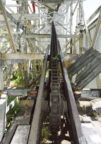 Lift hill chain, still on the lift hill. 2002