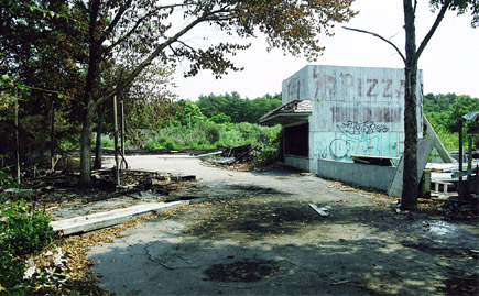 PIzza Stand, Speedway, Burned Cotton Candy stand and burned pavilion. 2002
